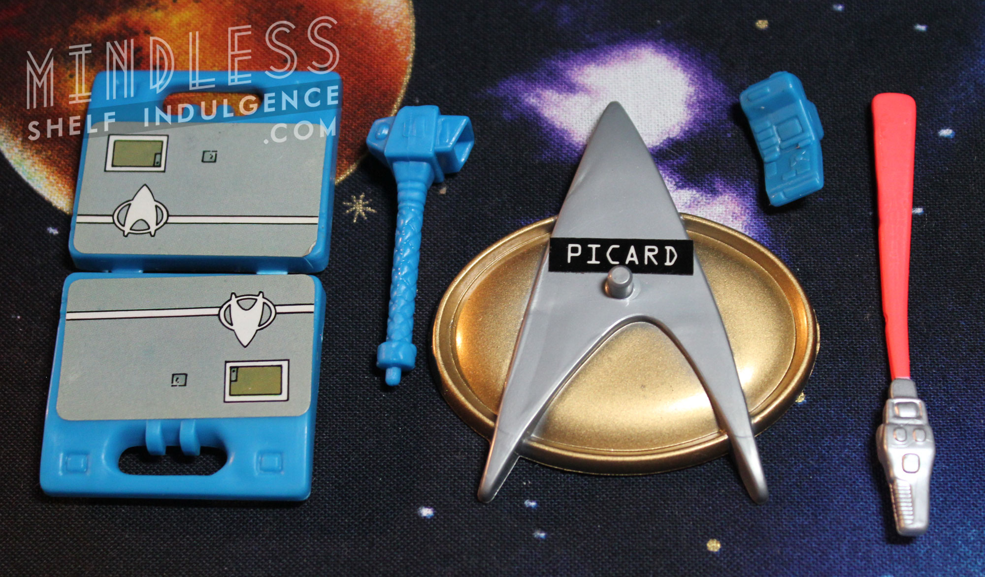 Picard in DS9 Uniform's accessories